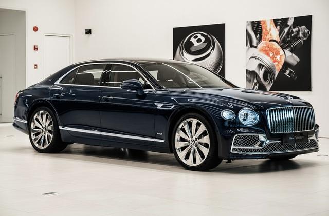 Bắt gặp Bentley Flying Spur First Edition thứ hai tại Việt Nam của đại gia kín tiếng, giá không dưới 30 tỷ đồng - Ảnh 2.