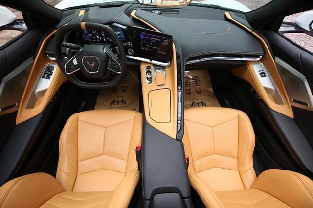 Doanh nhân Cần Thơ tậu Chevrolet Corvette C8 Stingray hơn 7 tỷ đồng đầu tiên tại Việt Nam - Ảnh 4.