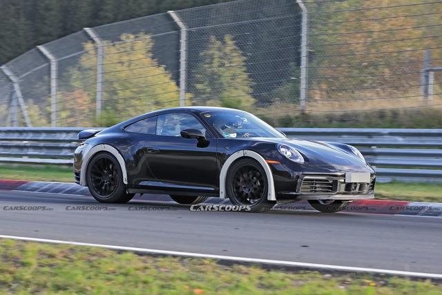 Porsche 911 gầm cao bí ẩn bất ngờ được bắt gặp chạy thử - Ảnh 1.