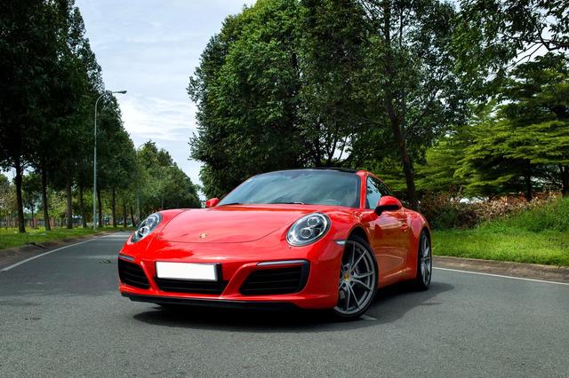 3 năm tuổi, Porsche 911 Carrera bán lại chỉ rẻ hơn 200 triệu đồng so với giá mua mới - Ảnh 1.