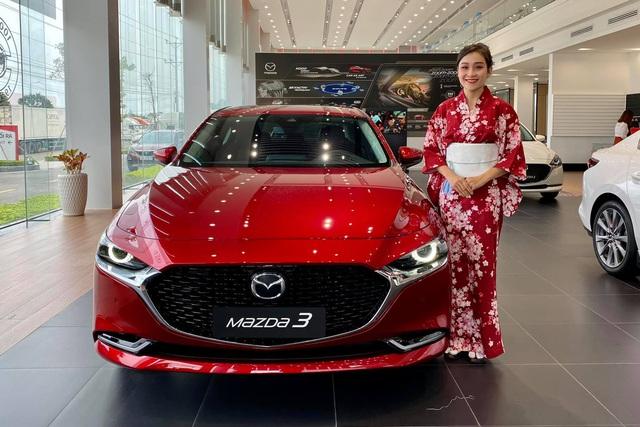 Mazda3 thêm phiên bản đặc biệt tại Việt Nam: Giá 869 triệu đồng, sản xuất giới hạn chỉ 40 chiếc - Ảnh 1.