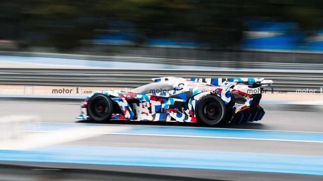 Siêu xe điên rồ của Bugatti lộ mặt, ra mắt ngay ngày mai - Ảnh 2.