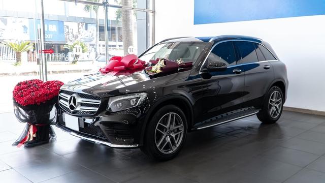 Nữ sinh 2001 tậu Mercedes-Benz GLC 300, cư dân mạng trầm trồ ghen tị: Đã xinh còn đi xe đẹp - Ảnh 4.