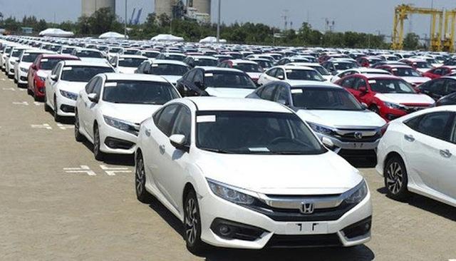 Công nghiệp ô tô Thái Lan lao dốc vì đại dịch, Việt Nam vẫn nhập mạnh - Ảnh 1.