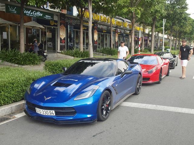 Dàn siêu xe, xe siêu sang bạc tỷ của giới nhà giàu Sài Gòn nối đuôi nhau đi dã ngoại cuối tuần - Ảnh 1.