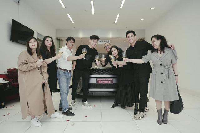 Vlogger Huyme tậu Range Rover Evoque giá hơn 3,5 tỷ đồng - Ảnh 2.
