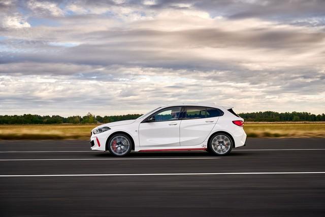 Ra mắt BMW 128ti: Xe sang hạ mình đấu Honda Civic và Ford Focus - Ảnh 3.