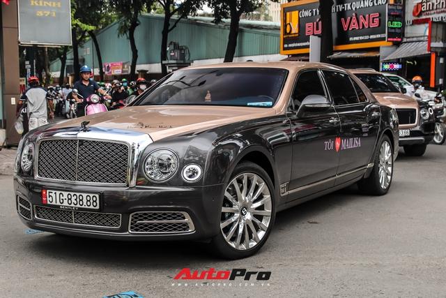 Minh nhựa cùng nhiều đại gia Sài Gòn cầm lái xe bạc tỷ tới tham dự tiệc sinh nhật của vợ Hoàng Kim Khánh - Ảnh 6.