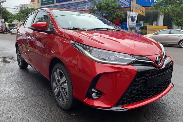 Toyota Yaris 2020 cập bến Việt Nam: Đầu hầm hố như Camry, đèn full LED kiểu Lexus - Ảnh 1.