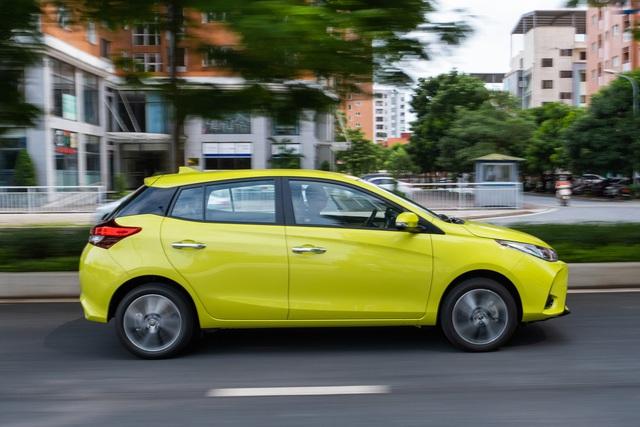 Ra mắt Toyota Yaris 2020 tại Việt Nam: Thiết kế mới, thêm trang bị, giá 668 triệu cao 'ngất ngưởng' so với Mazda2 - Ảnh 4.