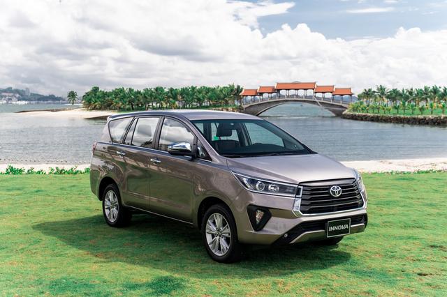 Toyota Innova nâng cấp tại Việt Nam: Bản dịch vụ thêm trang bị, giảm giá cả chục triệu đồng cạnh tranh Mitsubishi Xpander - Ảnh 1.