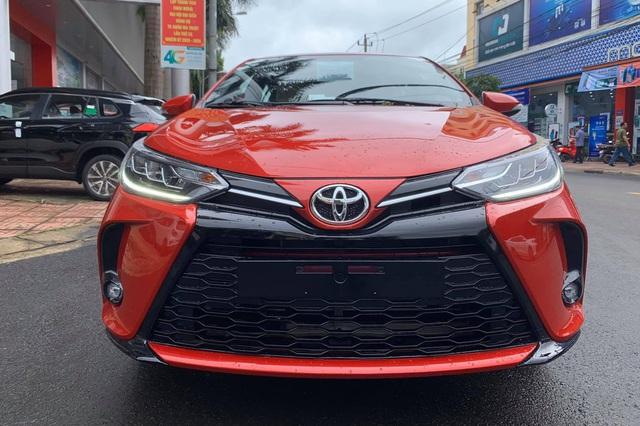 Toyota Yaris 2020 cập bến Việt Nam: Đầu hầm hố như Camry, đèn full LED kiểu Lexus - Ảnh 2.