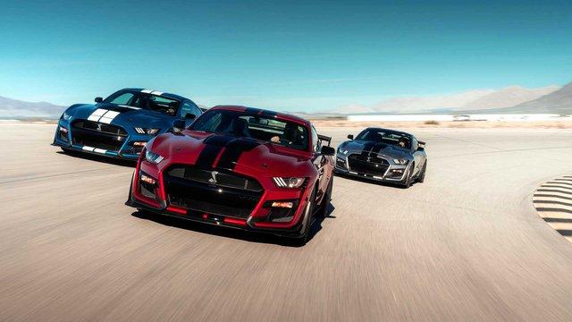 Ford chuẩn bị động cơ 6.8L mới cho xe thể thao bán chạy nhất thế giới Mustang? - Ảnh 1.