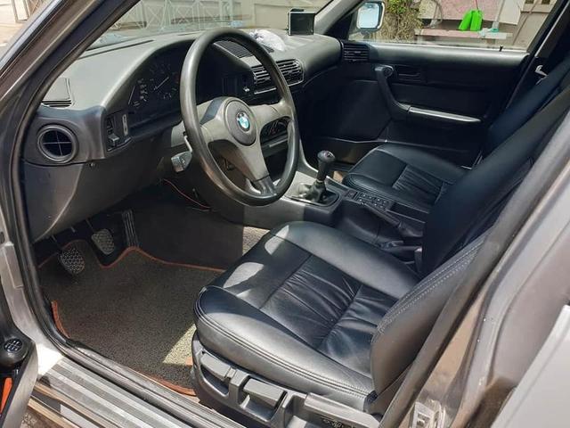 Bán BMW E34 già gần 30 tuổi, chủ xe vẫn được khen tới tấp dù chào giá hơn 320 triệu đồng - Ảnh 3.