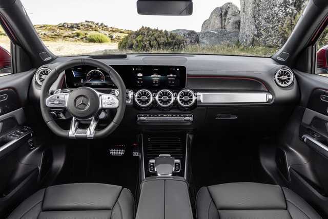 Mercedes-AMG GLB 35 chính hãng chào hàng dân chơi Việt: SUV 7 chỗ mini lắp động cơ khủng - Ảnh 3.