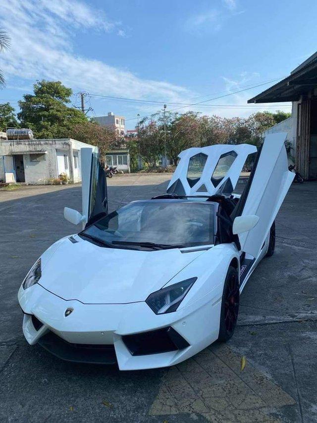 Doanh nhân Bình Phước tậu Lamborghini Aventador Roadster, nhưng Bình Phước sẽ còn chơi lớn hơn với loạt hàng khủng sắp tới - Ảnh 3.