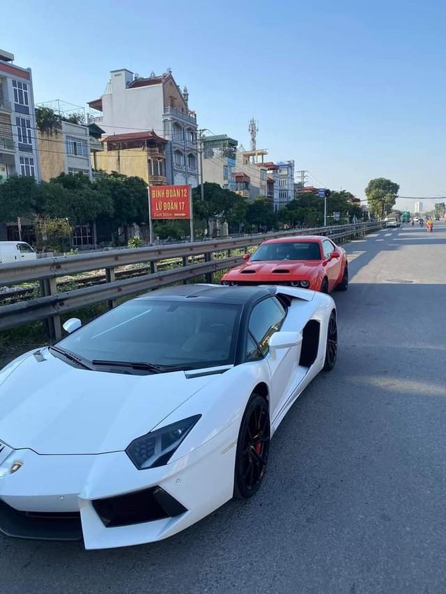 Doanh nhân Bình Phước tậu Lamborghini Aventador Roadster, nhưng Bình Phước sẽ còn chơi lớn hơn với loạt hàng khủng sắp tới - Ảnh 5.
