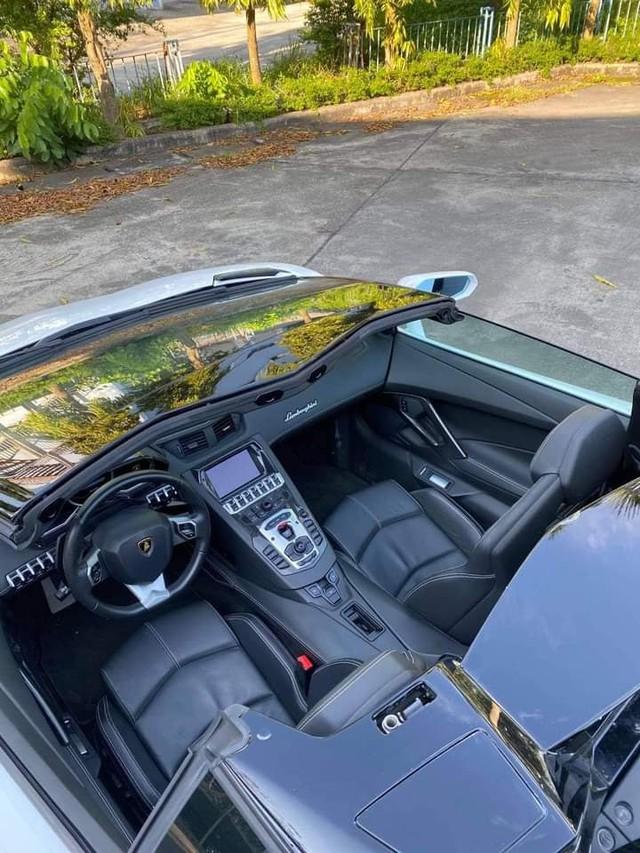 Doanh nhân Bình Phước tậu Lamborghini Aventador Roadster, nhưng Bình Phước sẽ còn chơi lớn hơn với loạt hàng khủng sắp tới - Ảnh 4.