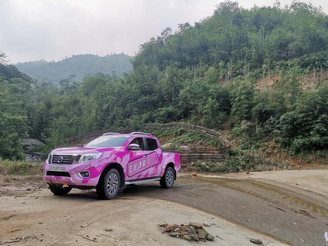 Nữ chủ xe đánh giá Nissan Navara sau gần 4 năm, 120.000 km và từng đua off-road: Từ đầu mua chơi nhưng dùng lại bất ngờ - Ảnh 7.