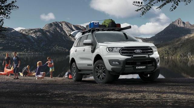 Ford Everest BaseCamp - SUV 7 chỗ chuẩn bài cho dân phượt, giá quy đổi từ 1 tỷ đồng