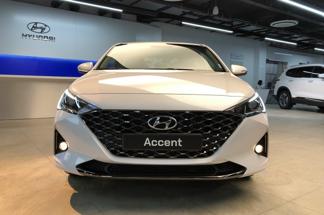Chưa ra mắt, Hyundai Accent 2021 loạn giá tại đại lý, có bia kèm lạc, đã có xe được giao sớm - Ảnh 1.