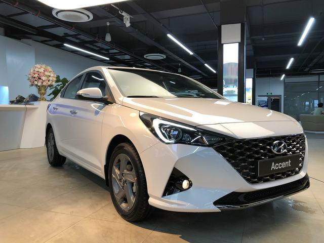 Hyundai Accent 2021 lộ diện hoàn toàn tại Việt Nam: Thiết kế điệu, màn hình lớn, điều khiển bằng điện thoại, kịp chạy ưu đãi trước bạ hàng chục triệu đồng - Ảnh 1.