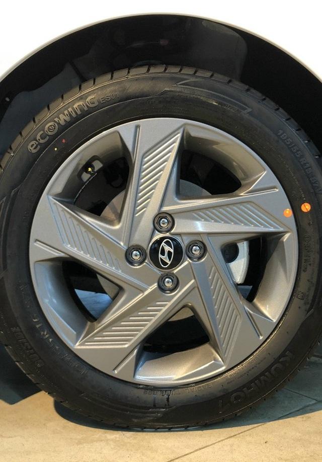 Hyundai Accent tung bản facelift 2021 tại Việt Nam 5, OFFB