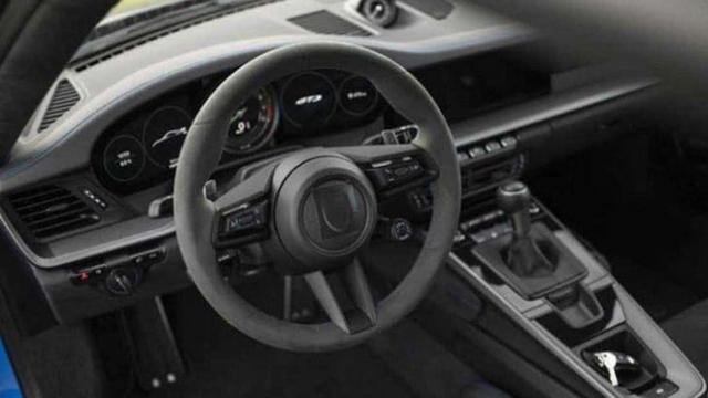 Porsche 911 GT3 lộ nội thất nhưng vòng tua máy 9.000 v/ph mới gây chú ý - Ảnh 2.