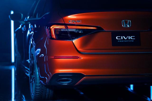 Ra mắt Honda Civic 2022 bản gần hoàn chỉnh - Tiểu Accord sẵn sàng khuấy động phân khúc C - Ảnh 3.