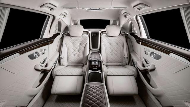 Thêm biệt thự di động Mercedes-Maybach S 650 Pullman về Việt Nam với ngoại hình dễ gây nhầm lẫn - Ảnh 5.