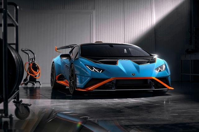 Doanh nhân kinh doanh lan đột biến mua Lamborghini Huracan phiên bản đua đầu tiên tại Việt Nam - Ảnh 1.