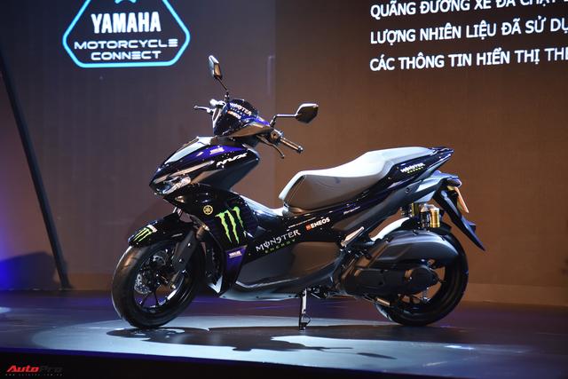 Đấu Honda Air Blade, Yamaha NVX 2021 ra mắt tại Việt Nam với giá bán 53 triệu đồng - Ảnh 4.