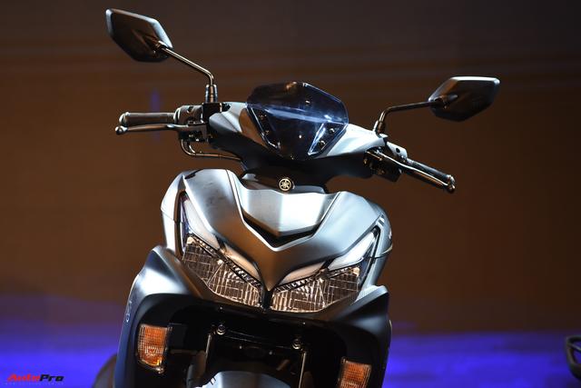Đấu Honda Air Blade, Yamaha NVX 2021 ra mắt tại Việt Nam với giá bán 53 triệu đồng - Ảnh 3.