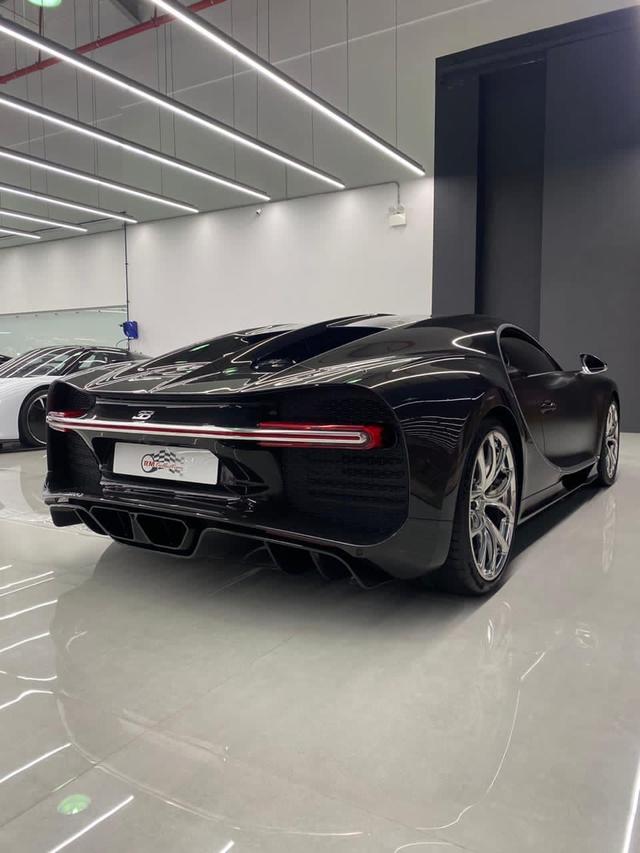 Doanh nghiệp Việt chào bán siêu phẩm Bugatti Chiron: Hàng hiếm với dàn áo carbon, mức giá gần 70 tỷ đồng rẻ sốc - Ảnh 5.