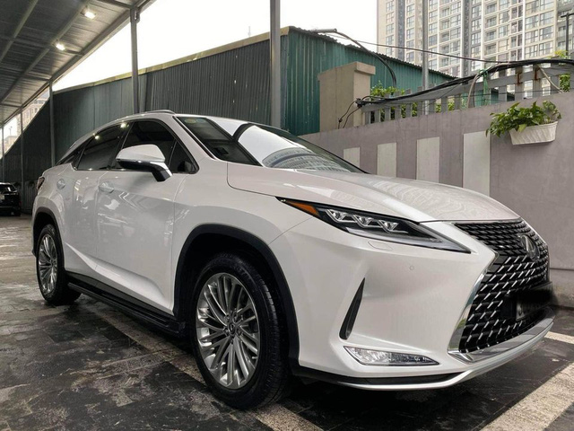 Chưa đi được 2.000km, chủ nhân Lexus RX 300 2020 đã bán xe với giá 3 tỷ đồng  - Ảnh 5.