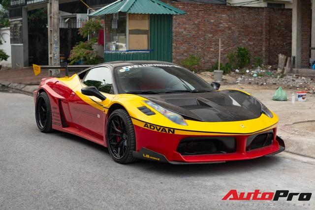 Bắt gặp Ferrari 458 Italia độ Liberty Walk LB-Silhouette Works GT độc nhất Việt Nam, được đồn đoán nằm chung garage với loạt siêu xe khủng - Ảnh 1.
