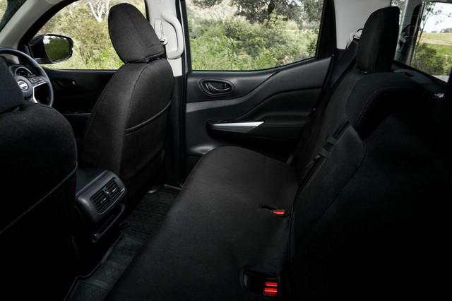 Nissan Navara 2021 chào sân, có thể sớm về Việt Nam đấu Ford Ranger - Ảnh 10.