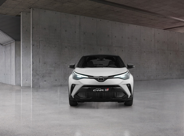 Toyota C-HR thêm bản thể thao, khách Việt thêm ngóng đợi sau màn mừng hụt năm ngoái - Ảnh 1.