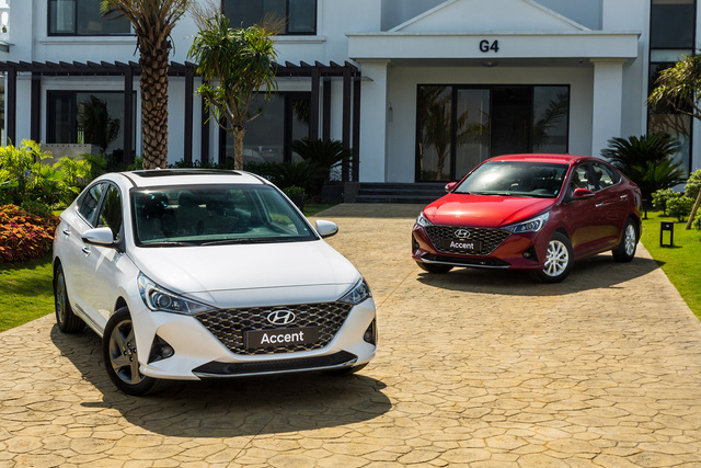 Ra mắt Hyundai Accent 2021 tại Việt Nam: Thêm tính năng mới lạ, giá cao nhất 542 triệu rẻ bất ngờ so với giá đại lý, phủ đầu Honda City - Ảnh 1.