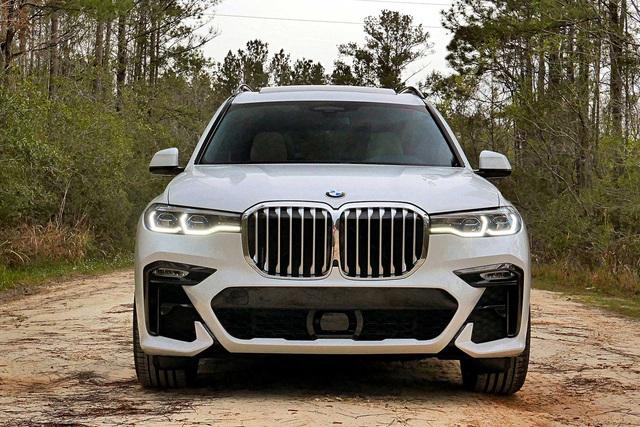 BMW X7 M Sport 2020 do THACO phân phối lộ giá hơn 5,8 tỷ đồng, rẻ sốc so với xe nhập ngoài - Ảnh 1.