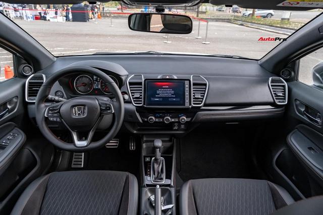 Chênh 70 triệu đồng, 3 phiên bản Honda City 2020 khác biệt những gì? - Ảnh 3.