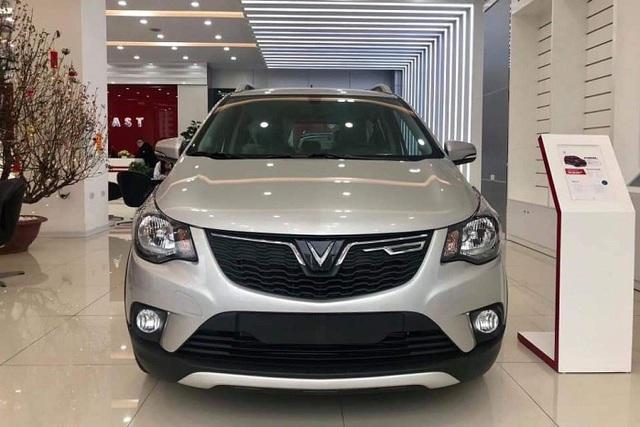Hết năm 2020, VinFast Fadil vẫn được miễn 100% trước bạ - Đòn hiểm bất ngờ làm khó Kia Morning và Hyundai i10 - Ảnh 3.