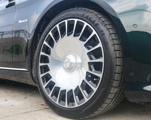 Doanh nhân Sài Gòn chi 12 tỷ mua Mercedes-Maybach S 560 màu xanh lục bảo siêu độc, tiết lộ thêm siêu phẩm chục tỷ sẽ mua trong thời gian tới - Ảnh 3.