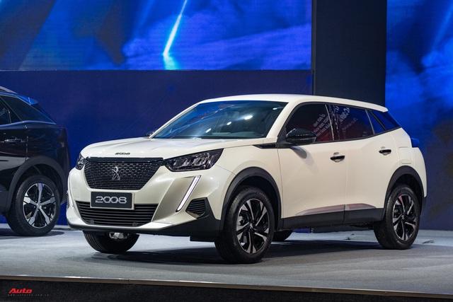 Ra mắt Peugeot 2008 tại Việt Nam: Giá từ 739 triệu đồng, công nghệ an toàn như xe sang, phả hơi nóng lên Hyundai Kona - Ảnh 7.