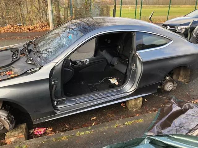 Bị trộm ô tô với thủ đoạn tinh vi, chủ nhà mất đồ nhưng vẫn phải thán phục trình độ nhóm đạo tặc - Ảnh 5.
