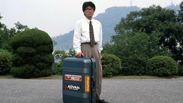 Bạn có biết: Mazda từng làm xe nằm gọn trong vali? - Ảnh 3.