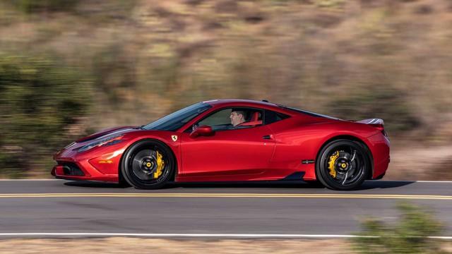 Siêu xe Ferrari hoàn toàn mới được hé lộ dần: Động cơ V6 hybrid đặt giữa, tổng công suất 700 mã lực - Ảnh 1.