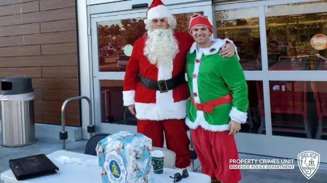 Ông già Noel đang đi phát quà thì tiện tay bắt luôn băng nhóm trộm xe ô tô - Ảnh 3.