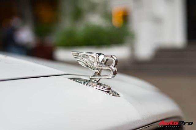 Chán màu sơn nguyên bản, đại gia Hà Thành đổi màu ngoại thất của Bentley Mulsanne để trở nên độc đáo hơn - Ảnh 3.