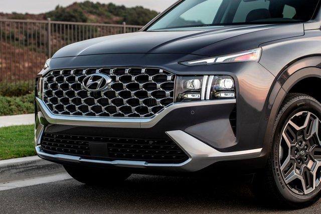 Hyundai Santa Fe 2021 tại Việt Nam lộ nội thất mới lạ: Đồng hồ bắt mắt, bỏ hẳn cần số, trang bị vươn tầm xe sang - Ảnh 4.